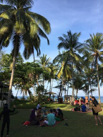 beach and the suci murni event