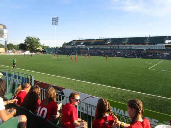 Sahlen's Stadium: Sahlen Stadium - start of game
