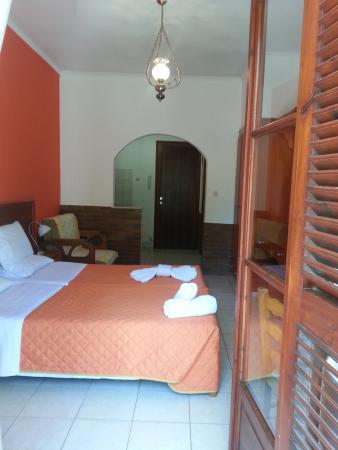 Sergio's Apartments: Room 9