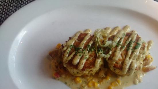 Acadiana: Jumbo lump crabcakes