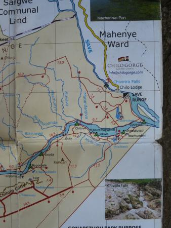 Chiredzi, Зимбабве: Idea of tracks in the north west corner