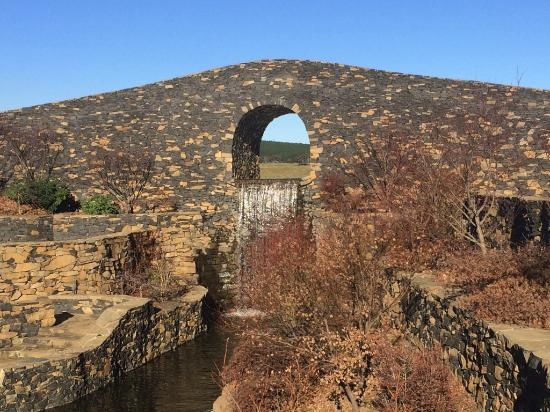 Amazing Bridge Picture Of Mayfield Garden Oberon Tripadvisor