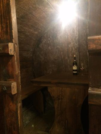 Tordandrea, Италия: We tasted a Sagrantino's glass in an old wine barrell!