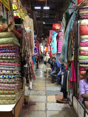 Mumbai Bhuleswar Ping Market For Las Women And S Places Woman In India Whole You