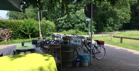Maria Hoop, Nederland: Welcome to bicyclists