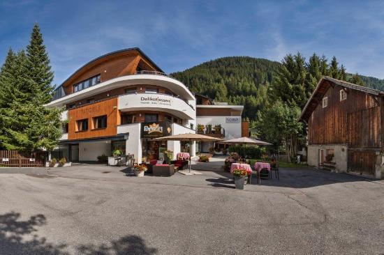 Hotel Garni Rundeck: Aussenansicht  Sommer 1