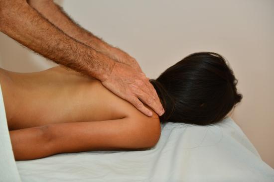 Or Yehuda, Israel: עיסוי משולב תמציות צמחים, Herbal Massage