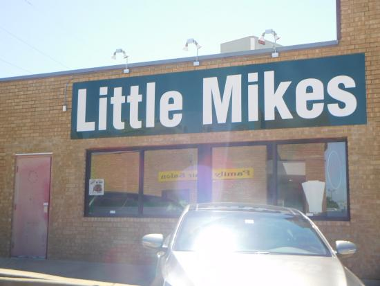 Little Mike's Hamburgers: Exterior view
