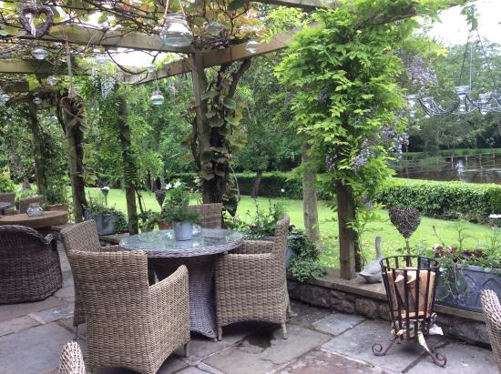 The Pheasant Hotel: A terrace view to the duck pond