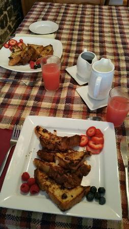 La Maison Lafleur: ¡Peazo desayunos!