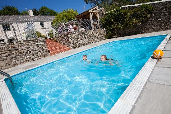 Coombe Farm Goodleigh Bed & Breakfast