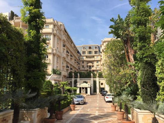 Luxury hotels in Monaco - Shows Hotel Metropole