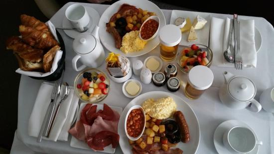 Breakfast in bed - Picture of Radisson Blu Edwardian New ...