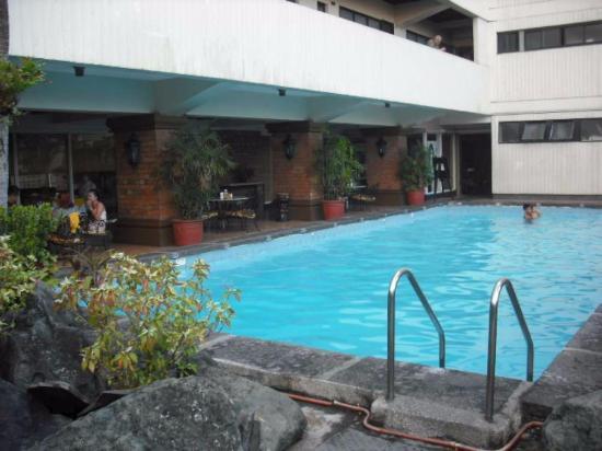 Copacobana Apartment Hotel: Grande piscine