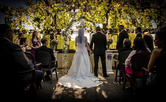 Ladner, Canadá: A wedding at the Primerose