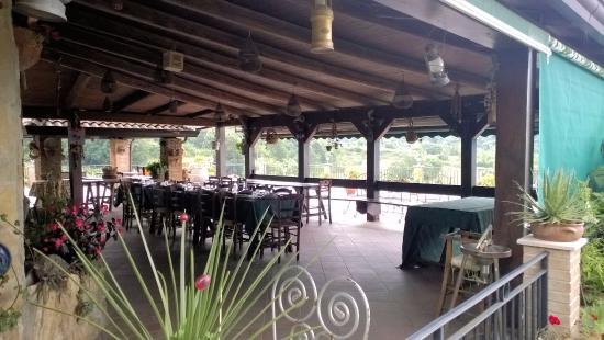 pergolato sul terrazzo - Picture of L\'Agriturismo Le Campestre ...