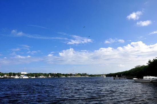 Makax Lagoon