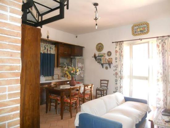 Angolo Cottura In Veranda : Veranda coperta con angolo cottura picture of il mandorleto