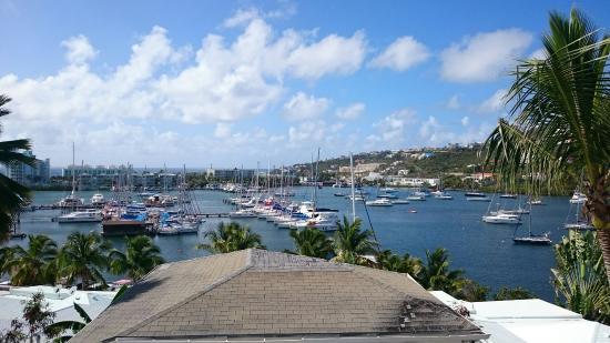 Oyster Pond, St. Maarten: Bella marina