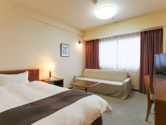Hachinohe Grand Hotel: ジュニアシングル