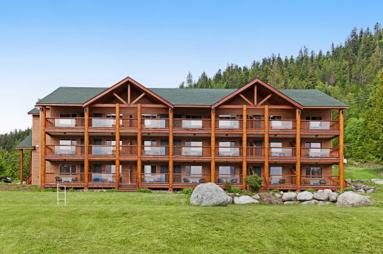 Kootenay Lakeview Spa Resort & Event Centre: Resort Exterior