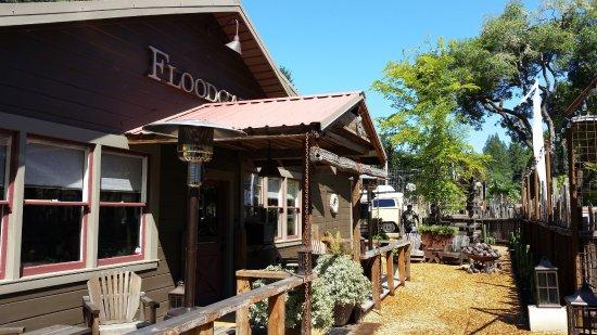 Philo, Калифорния: Front porch