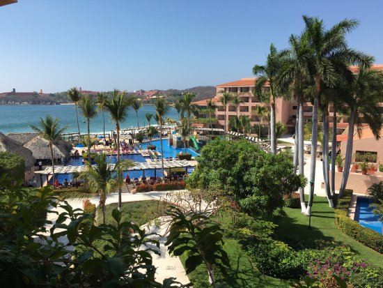 Barcelo Huatulco Photo Beach Resort