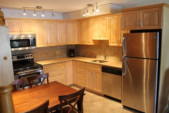 Calabogie Lodge Resort: Fully equipped kitchens