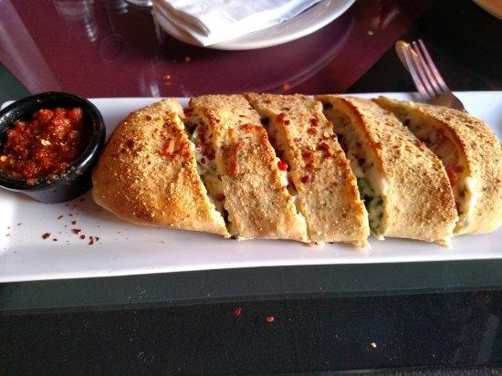 Russillo's Pizza & Gelato: Pizza roll!