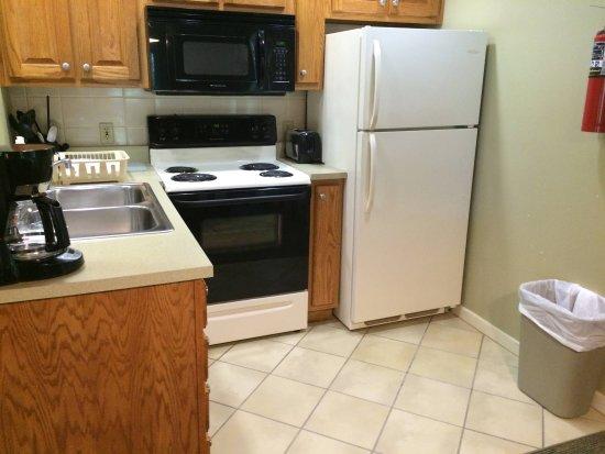 nice kitchen - Picture of Kenlake State & Resort Park, Hardin ...