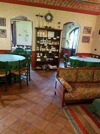 Cellarengo, อิตาลี: 20160613_130842_large.jpg