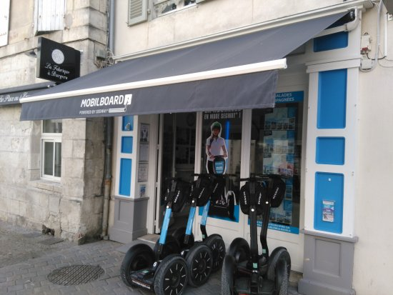 la devanture du magasin picture of segway mobilboard la rochelle la rochelle tripadvisor. Black Bedroom Furniture Sets. Home Design Ideas