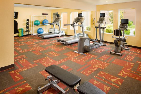 Courtyard Chattanooga at Hamilton Place: Fitness Center