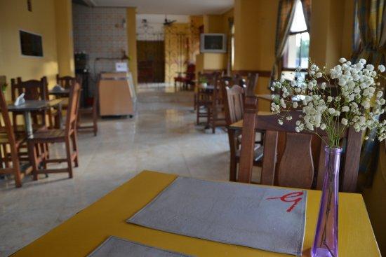 Amplio comedor con vista a la Ciudad de La Banda