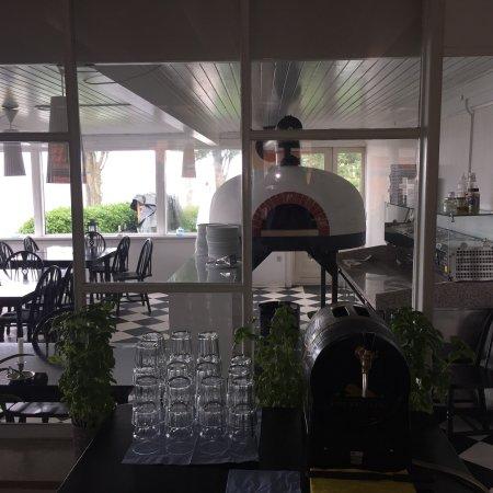 Badehotel Aeroe: Badehotel new administration with Italian pizzeria and restaurant
