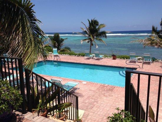 Bodden Town, เกาะแกรนด์เคย์แมน: Inn Pool