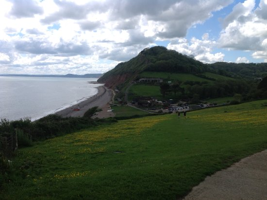Masons Arms: At the top of the coastal path