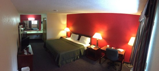 Martin, TN: Econolodge: Newly renovated!