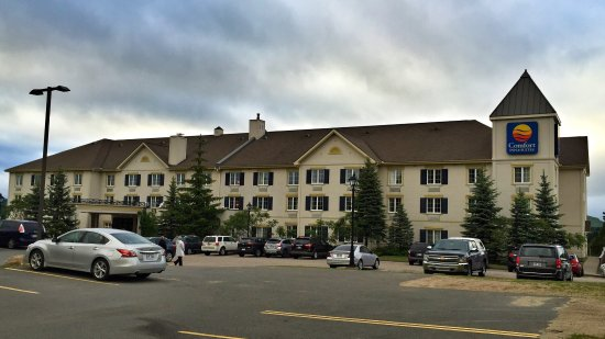 Comfort Inn & Suites: photo0.jpg