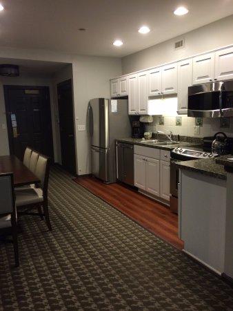 Absecon, NJ : Kitchen