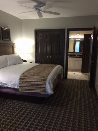 Absecon, NJ: Smaller room