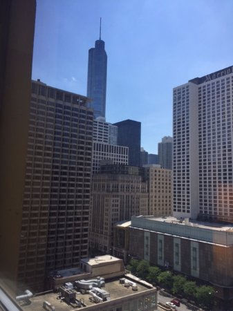 Courtyard Chicago Downtown/Magnificent Mile : View from room 1623