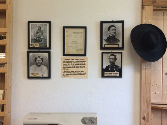 Fort Klamath Museum : Photos of the Modac's and Canby