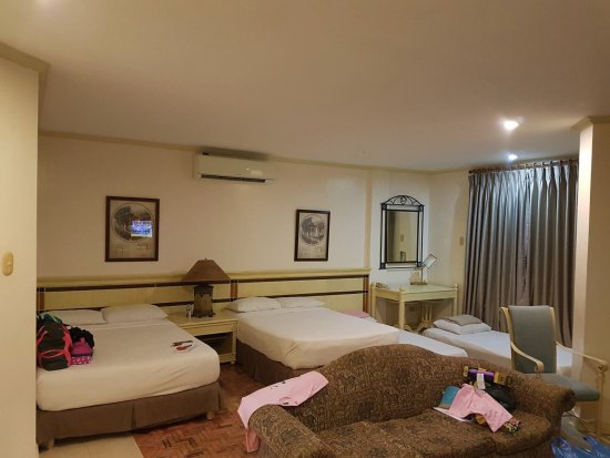 Subic, Philippinen: The executive suite can accommodate even up to 8-10 pax