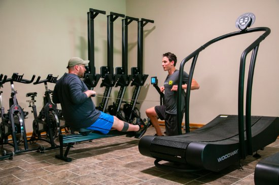 Private Trainer With Guest In The Gym Picture Of Skyterra Wellness