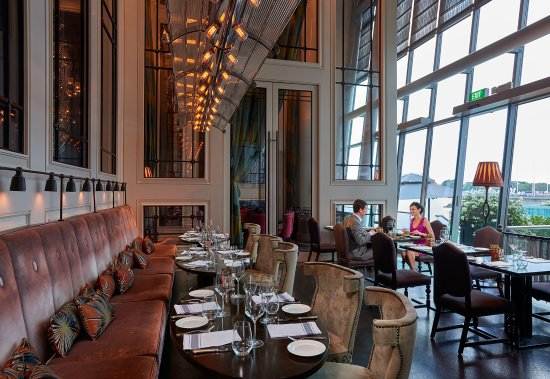 The Fullerton Bay Hotel Singapore: La Brasserie