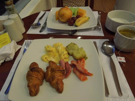 Hatuchay Tower: 朝食のビュッフェ