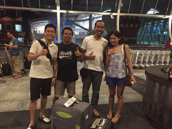 Kerobokan, Indonesië: Mr. and Mrs. Ng Y. J. from Singapore - May 2016
