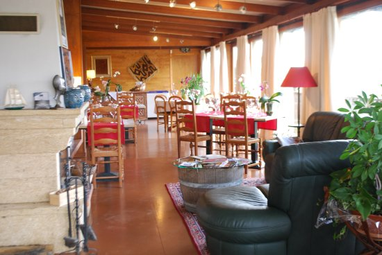 Augne, Frankrike: salle de restaurant, vue panoramique