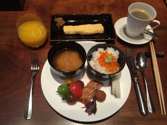 Hyatt Regency Hakone Resort and Spa: buffet breakfast - everything's so tasty!